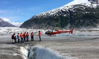 Alaska temsco skagway glacier discovery by helicopter tour Group on Glacier Skagway TEMSCO Skagway Glacier Discovery by Helicopter Tour