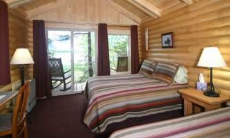 Kenai Fjords Glacier Lodge kfgl cabin int2019
