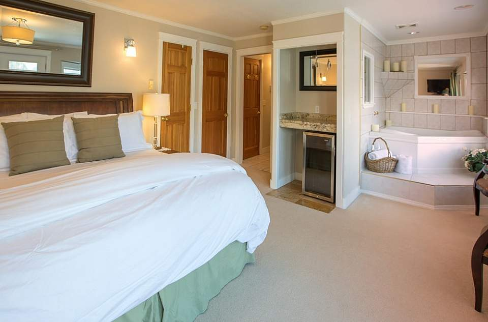 Each room offers something special, from a jacuzzi tub, view, or a full kitchen