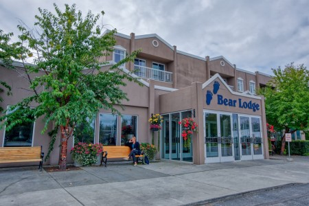 Bear Lodge at Wedgewood Resort