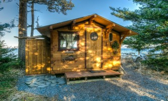 Between beaches cabin rentals Fishermans Cabin 8