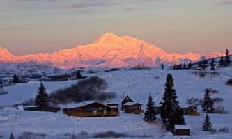 Caribou lodge Alpenglow w lodge