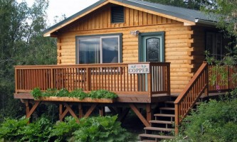 Alaska currant ridge mccarthy kennicott Guest house frontal Currant Ridge Cabins
