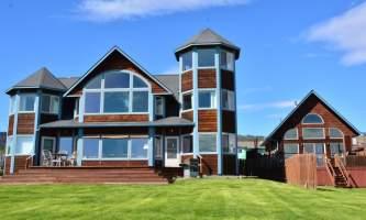 Adrienne Sweeney Seaside and Kachemak Cottage 2 alaska homer driftwood inn
