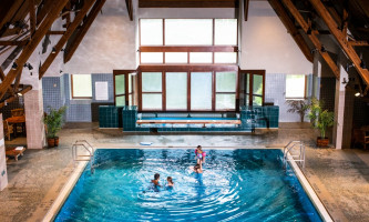 RKP Family Pool 8 26 2019 196 alaska hotel alyeska girdwood