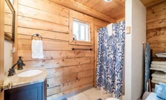 Hatcher pass cabins 4 Bath Finding Realty hatcher pass cabins
