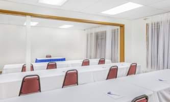 Travelodge juneau 14 Meeting Room