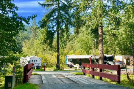 Glacier Nalu Campground Resort