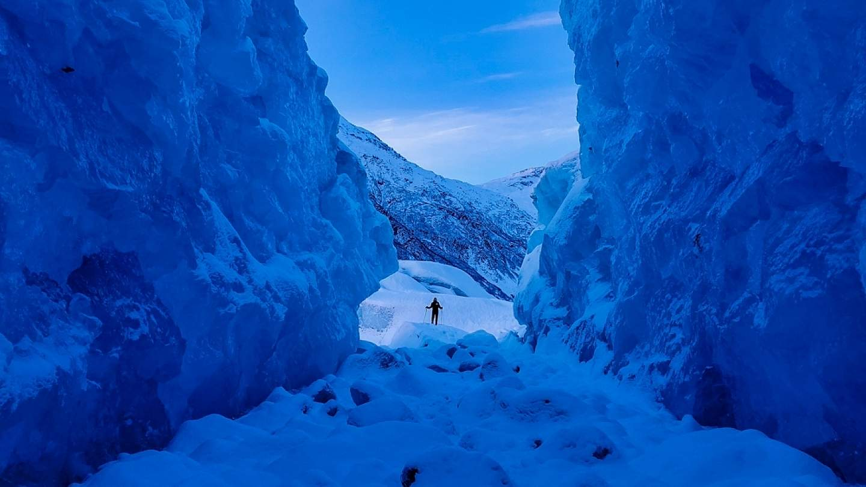 In winter, ski, snowshoe or fat bike around icebergs frozen in place.