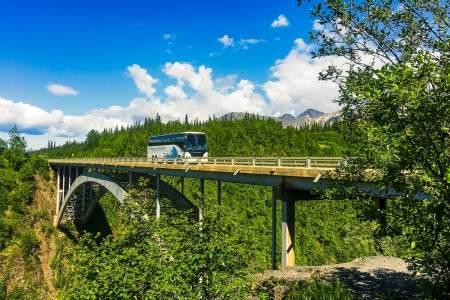 Alaska Park Connection Motorcoach