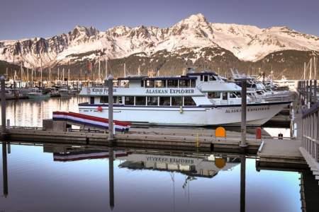 seward-cruise-ship-bob-kaufman.jpg